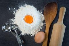 Äggmjölbakning Arkivfoto