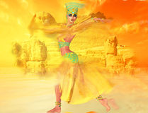 Ägyptische Frau im Wüstensandsturm mit Sphinxe und alte Ruinen im Hintergrund Stockbild