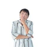 Äldre asiatiskt tänka för affärskvinna som isoleras på den vita backgrouen arkivfoton