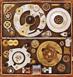 Äldre delar av mekanism i asken Arkivbild