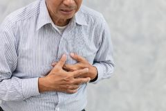 Äldre hjärtinfarkt eller slaglängd royaltyfria bilder