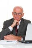 äldre lyckat för entreprenörkontor royaltyfria bilder