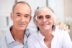 Äldre par Arkivfoton