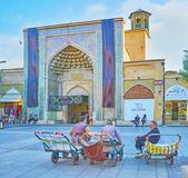 Äldre portvakter i Shiraz, Iran Royaltyfria Foton