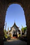 äldst ett tempel för ingång till Royaltyfri Fotografi