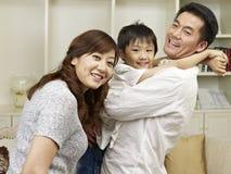 Älska familjen Arkivbilder