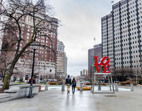 Älska par - förälskelse parkera - Philadelphia, PA Arkivfoton