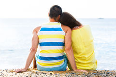 Älska par som har det romantiska datumet Fotografering för Bildbyråer