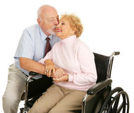 älska pensionärer för gest Fotografering för Bildbyråer
