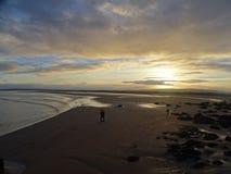 älska solnedgången royaltyfria bilder