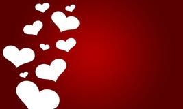 Älska valentin med vita hjärtor på röd bakgrund Fotografering för Bildbyråer