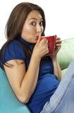 älskvärd dricka lady för kaffe Arkivbild