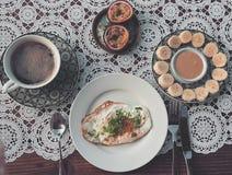älskvärd frukost fotografering för bildbyråer