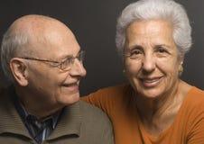 älskvärd pensionär för par Arkivfoto