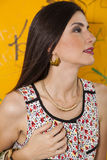 älskvärd ståendeprofilkvinna Royaltyfria Bilder