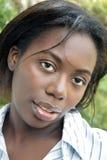 älskvärd utomhus- kvinna för 3 headshot Royaltyfri Bild