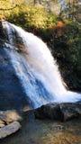 Älskvärd vattenfall Royaltyfri Fotografi