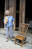 Ältere chinesische Dame bei Daxu Stockfoto