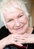 Ältere Frau des Porträts Stockfotografie