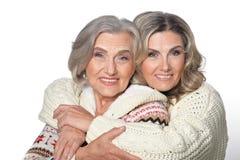 Ältere Frau mit daugther lizenzfreies stockbild