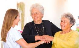 Ältere häusliche Pflege Stockfotos