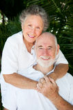 Ältere Paare - noch in der Liebe lizenzfreies stockbild