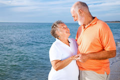 Ältere Paare - Romatic Ferien Lizenzfreie Stockfotografie