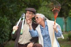 Ältere Paargartenarbeit Lizenzfreies Stockfoto