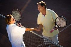 Ältere Tennisspieler Stockfotografie