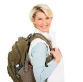 Ältere weibliche touristische Stellung Lizenzfreie Stockbilder