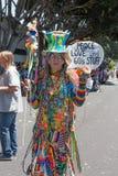 Älterer Hippie thePasadena Doo Dah am Rose Parade lizenzfreie stockfotos