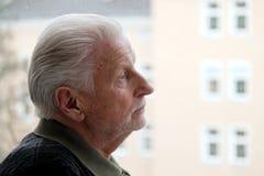 Älterer ist einsam, Lizenzfreie Stockfotos