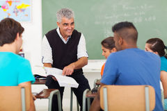 Älterer Lehrerunterricht Lizenzfreie Stockfotos
