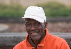 Älteres Afroamerikaner-Mann-Lächeln Stockfoto