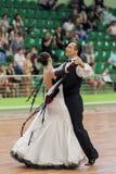 Älteres Tanzpaar von Zadruckiy Sergey und von Zadruckaya Tatjana führt erwachsenes europäischer Standard-Programm durch Stockbilder