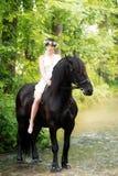 Älva och häst Royaltyfria Bilder