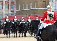 Ändern der Pferden-Abdeckung in London, England stockfotografie