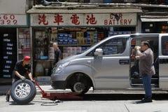 Ändernder Reifen Stockfoto