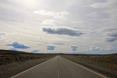 Ändlös scenisk ruttruta 40 i Patagonia Arkivbilder