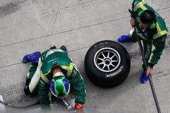 ändra gummihjulet för laget för det ireland gropstoppet Royaltyfria Foton