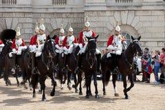 ändrande guardhäst för ceremoni Arkivbilder