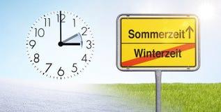 Ändring av tid från vinter - till sommartid royaltyfri fotografi