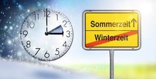 Ändring av tid från vinter - till sommartid royaltyfri foto