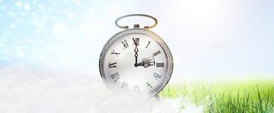 Ändring av tid från vinter - till sommartid arkivfoton