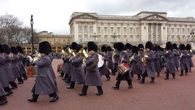 Ändring av vakten Buckingham Palace London UK Fotografering för Bildbyråer