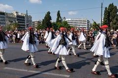 Ändring av vakten på den grekiska parlamentet Royaltyfria Foton