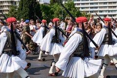 Ändring av vakten på den grekiska parlamentet Royaltyfri Fotografi