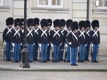 Ändring av vakten på Royal Palace, Köpenhamn Danmark Royaltyfria Foton