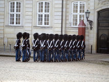 Ändring av vakten på Royal Palace, Köpenhamn Danmark Royaltyfri Fotografi