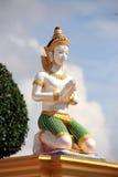 Ängel i den Thailand templet Arkivbild